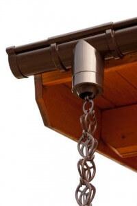 Een decoratieve regenketting voor aan uw dakgoot!